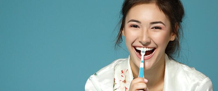 Diş Sağlığı İle İlgili Doğru Bilinen Yanlışlar